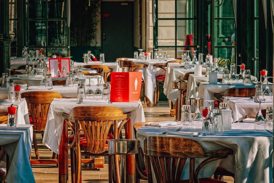 Pourquoi les restaurants ont besoin d'un site web ?