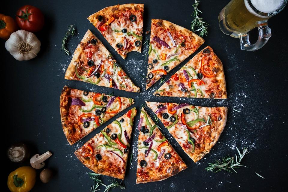 12 idées simples pour augmenter les revenus de sa pizzeria avec internet